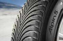 Michelin ALPIN 5 215/55 R16 97V