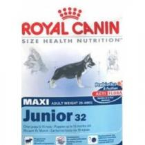 ROYAL Maxi Junior 4 kg